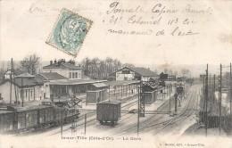 CPA Is sur Tille - La Gare
