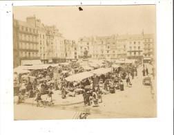 76 - Belle Photographie De DIEPPE ( Le Marché  ) Format 10 X 12,5 Cm - Dieppe