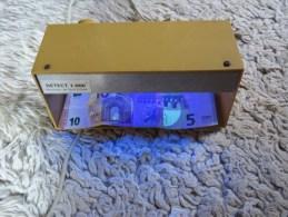 Détecteur Faux Billet Lampe UV - Lampade UV