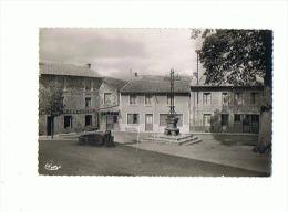 CPSM 42 ST BONNET LE COURREAU Place De La Poste - Andere Gemeenten