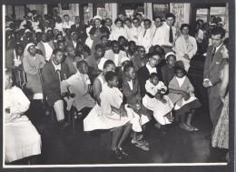 """6626-CONCERTO OFFERTO DALLA SCALA AL """"CORONATION HOSPITAL FOR NON EUROPEAN""""-CANTANO ALVA E SCIUTTI-1956-FOTO - Zonder Classificatie"""