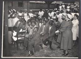"""6627-CONCERTO OFFERTO DALLA SCALA AL """"CORONATION HOSPITAL FOR NON EUROPEAN""""-1956-FOTO - Non Classés"""