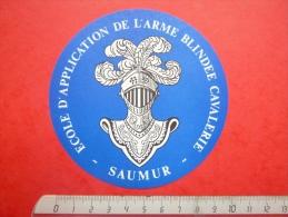 Autocollant Stickers Armée De Terre Ecole D´application De L´Arme Blindée Cavalerie Saumur - Autocollants