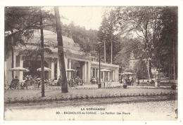 Cp, 61, Bagnoles-de-l'Orne, LE Pavillon Des Fleurs, Voyagée - Bagnoles De L'Orne