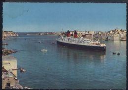R950 MALTA - GRAND HARBOUR WITH TOURIST SHIP - Malta