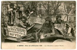 Carnaval NANTES Fêtes De La Mi-carême 1928 Les Glozeliens Visitent Nantes - Nantes