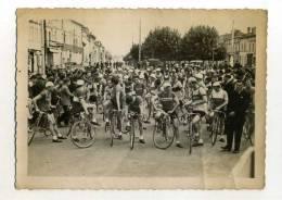 - FRANCE 33 ? . CLICHE DEPART COURSE CYCLISTE . LIBOURNE GIRONDE ? - Radsport