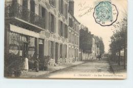 THORIGNY - La Rue Toussaint-Verneau. - France