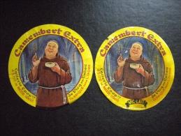 Lot 2 étiquettes De Fromage Camembert Extra Laitierie De VICQ Sur Nahon Indre , VIC-LAIT Variantes  MOINE - Cheese