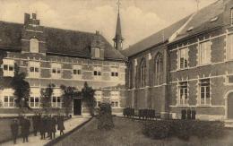 BELGIQUE - ANVERS - HERENTALS - HERENTHALS - Kostchool Der Zusters Franciscanssen - Voorplaats. - Herentals