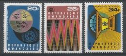 RWANDA 1975 - Ann�e mondiale de la population. - 3 Val Neuf // Mnh