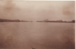 Nr. 5050,  FOTO-AK, Gesprengte Brücke In Frankreich?? - War 1914-18