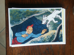 TINTIN Reproduction  CARTE POSTALE TINTIN NAGE SOUS L'EAU  HERGE - Tintin