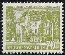 "Berlin 1954: 70 Pf.oliv""Jagdschloss Grunewald"" Mi.123 Mit Leichter Falzspur * MLH - Schlösser U. Burgen"