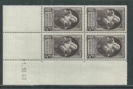 France N° 465 XX Au Profit Des Victimes De La Guerre En Bloc De 4 Coin Daté Du 1 . 10 . 40 Sans Charnière, TB - 1940-1949