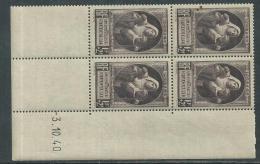 France N° 465 XX Au Profit Des Victimes De La Guerre En Bloc De 4 Coin Daté Du 3 . 10 . 40 Sans Charnière, TB - 1940-1949