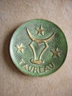 Coupelle Vide Poche Bronze Max Le Verrier Taureau - Bronzes