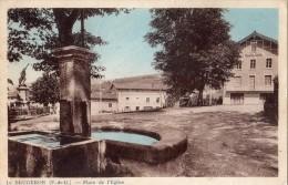 LE BRUGERON PLACE DE L'EGLISE - Frankreich