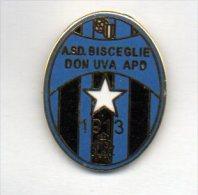 Pq1 A.S.D. Bisceglie Don Uva APD Calcio Distintivi FootBall Pins Soccer Pin Spilla Italy - Calcio