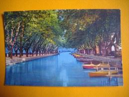 Cpsm  ANNECY  -  74  - Canal Du Vasse Et Pont Des Amours -  Haute Savoie - Annecy