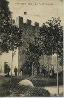 11605 - Ain - VERIZIEU  :  LE VIEUX CHATEAU   ANIME     Circulée  1921 - Other Municipalities