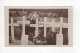 Carte Postale CIMETIERE CROIX VEUVE EDITION ATELIER JEROME Un Tampon De Date Au Dos 6 MARS 1932 Pas D'indication Du Lieu - War Cemeteries