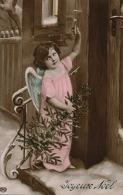 ENFANTS - LITTLE GIRL - MAEDCHEN - ANGE - Jolie Carte Fantaisie Fillette Angelot Dans La Neige De Joyeux Noël - Non Classificati
