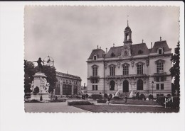 65 Tarbes Hotel De Ville Hotel Des Postes Statue De Danton - Tarbes