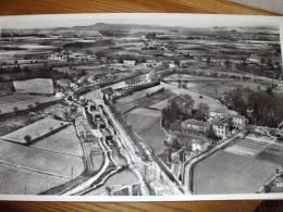 LE CANAL DU Midi Pres De Beziers  Batellerie Péniche   1958   Photographie Aérienne Lapie 98   GD FORMAT   27  * 45 Cm - Lieux