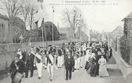 Champagné (Sarthe) - 23 Mars 1913 - Bénédiction Du Calvaire Des Quatre Routes - Les Lanciers Et La Foule - Non Circulée - Other Municipalities