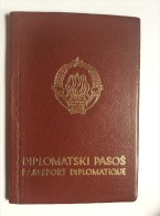 PASSEPORT DIPLOMATIQUE      DIPLOMATIC     PASSPORT REISEPASS  YUGOSLAVIA  1967. - Historical Documents