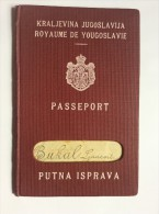 PASSEPORT     PASSPORT  REISEPASS  YUGOSLAVIA   1933.     VISA TO:   FRANCE ,  ITALIA , - Historical Documents