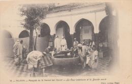 Miliana  Mosquée De Si Hamed Ben Youcef  La Cour Intérieure Et Le Bassin Sacré    Nr 2494 - Cartes Postales