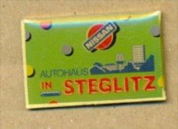 13-aut128. Pin Nissan In Stegkitz - Pin