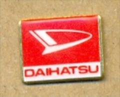 13-aut129. Pin Emblema Daihatsu - Pin