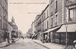 92 MALAKOFF  Commerces Animation Clocher De L' EGLISE  Avenue Pierre Larousse - Malakoff