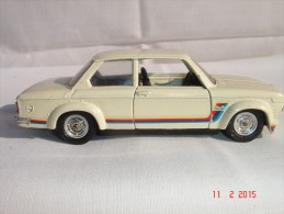 """Voiture Solido BMW 2002 """"Turbo"""" - Made In France - 1/43  N°28  10-75 - Portes Ouvrantes, Sièges Rabatables, Très Bon éta - Autres"""