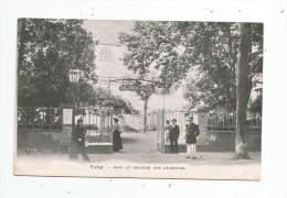 Cp , 03 , VICHY , Parc Et Sources Des CELESTINS , Vierge - Vichy