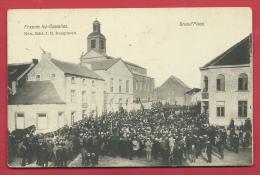 Frasnes Lez Gosselies - Fanfare, Défilé Sur La Grand´Place ( Voir Verso ) - Les Bons Villers