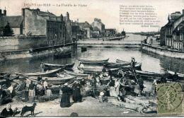 N°6415A -cpa Isigny Sur Mer -la Flotille De Pêche- - Sonstige Gemeinden