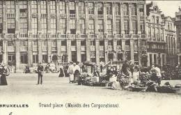 CPA - BRUSSEL - BRUXELLES - Grand'Place - Maison Des Corporations  // - Places, Squares