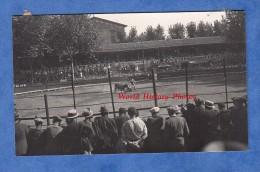Photo Ancienne - Lieu à Identifier - Corrida Dans Des Arenes - Publicité Savon Hercule Et Cap Corse Mattéi - Années 1930 - Places