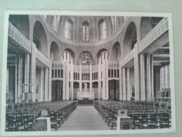 Koekelberg basiliek van het Heilig Hart te Brussel binnenzicht