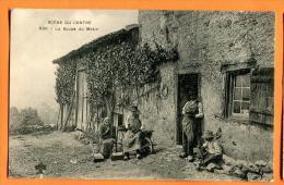 MN6-26  Scènes Du Centre. La Soupe Du Matin. TRES ANIME. Cachet 1904 - Farms