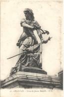 -50--BEAUVAIS--STATUE DE JEANNE HACHETTE---CARTE NON ECRITE-- - Beauvais