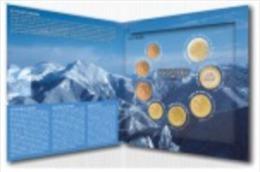 ETUCHE ESPECIAL EUROS  ANDORRA  8 MONEDAS 2014  EMISION LIMITADA 70.000 ESTUCHES. - Andorra