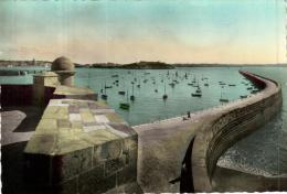 87267 - Saint Malo (35) Le Môle - Saint Malo