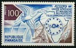 RWANDA 1973 - Cigogne, Union des t�l�communications Africaine et Malgache - 1 val Neuf // Mnh