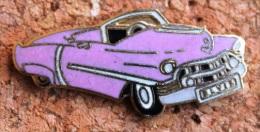 ELVIS PRESLEY - VOITURE ROSE - PINK CAR  - ELVIS SUR LA PLAQUE -           (1) - Personnes Célèbres