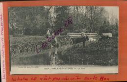 CPA  78   NEAUPHLE-LE-VIEUX   Le Parc , Le Pont  Animé MAI  2015 711 - France